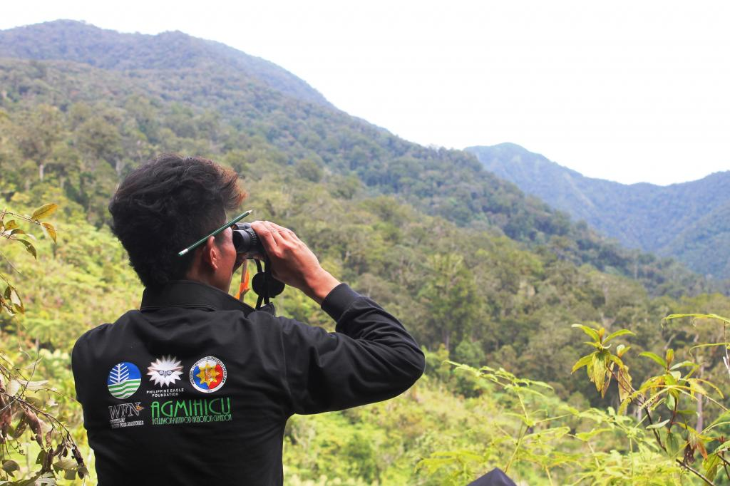 https://tourism.davaocity.gov.ph/wp-content/uploads/2018/10/a11fe-Indigenous-Higaonon-forest-guard-doing-eagle-monitoring.jpg