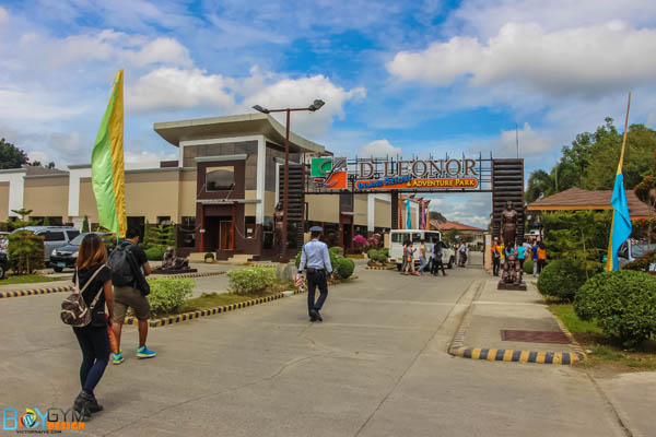 https://tourism.davaocity.gov.ph/wp-content/uploads/2018/10/dleonor-entrance.jpg